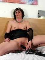 Curvy British housewife getting very frisky