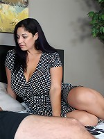 Mommy Wants It    at SeeMomSuck.com